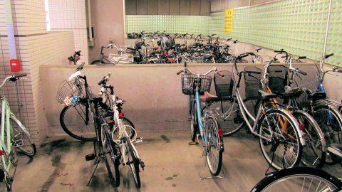 金沢駅東自転車駐輪場